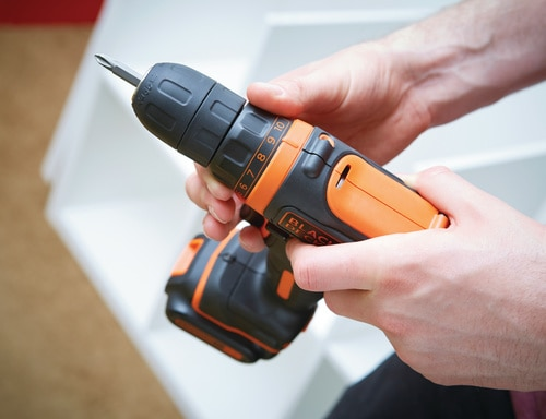 Black and Decker - 108 V erittin kompakti LiIon akkuporakone - BDCDD12