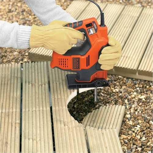 Black and Decker - 500 W Scorpion yleissaha Autoselectteknologialla - RS890K